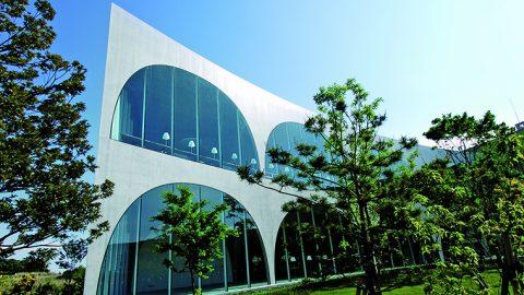 多摩美術大学が総額3億円規模の「オンライン対応に係る通信環境等への支援策」を発表