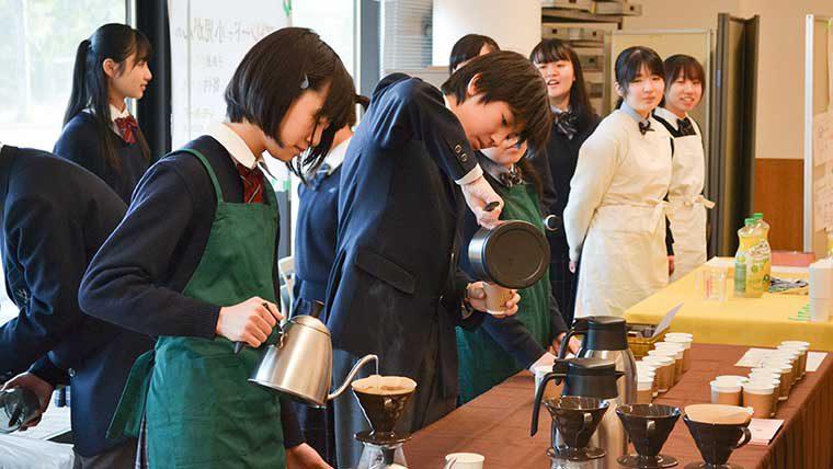 言語技術教育を軸に、「本物の叡智」を兼ね備えたグローバル人材を育成―麗澤中学校・高等学校
