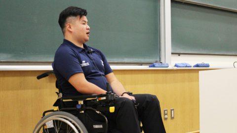 頚椎損傷から復活を目指す京都産業大学ラグビー部の中川将弥さんが「共生社会の実現」をテーマに講演