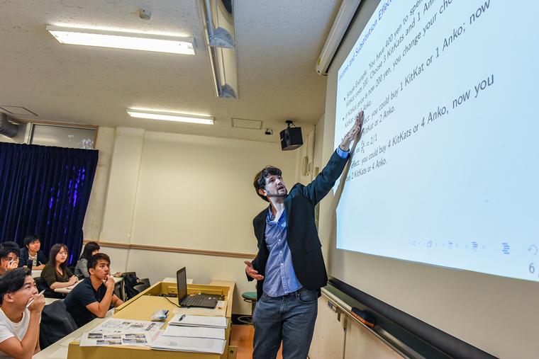 1期生がロンドン大学の学位を取得 ~ロンドン大学と武蔵大学とのパラレル・ディグリー・プログラム(PDP)