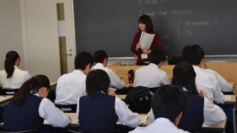 獨協大学で草加市内の中学3年生を対象とした「英語検定試験直前学習会」を開催