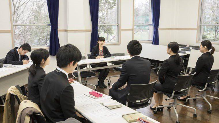 武蔵大学が卒業生による実践的なキャリアサポート「武蔵しごと塾 ~本番直前!模擬面接トライアル~」を開催